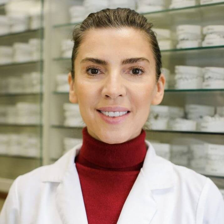 Olga Tolokonikova Headshot